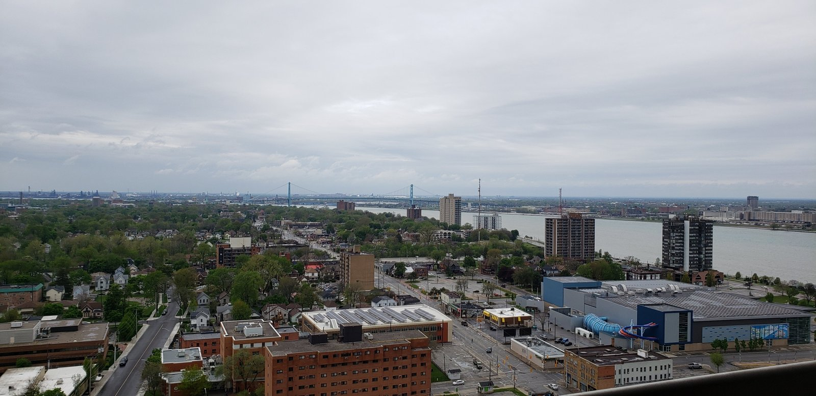 150 Park St W, Windsor, Ontario  N9A 4K8 - Photo 1 - RP2566362227