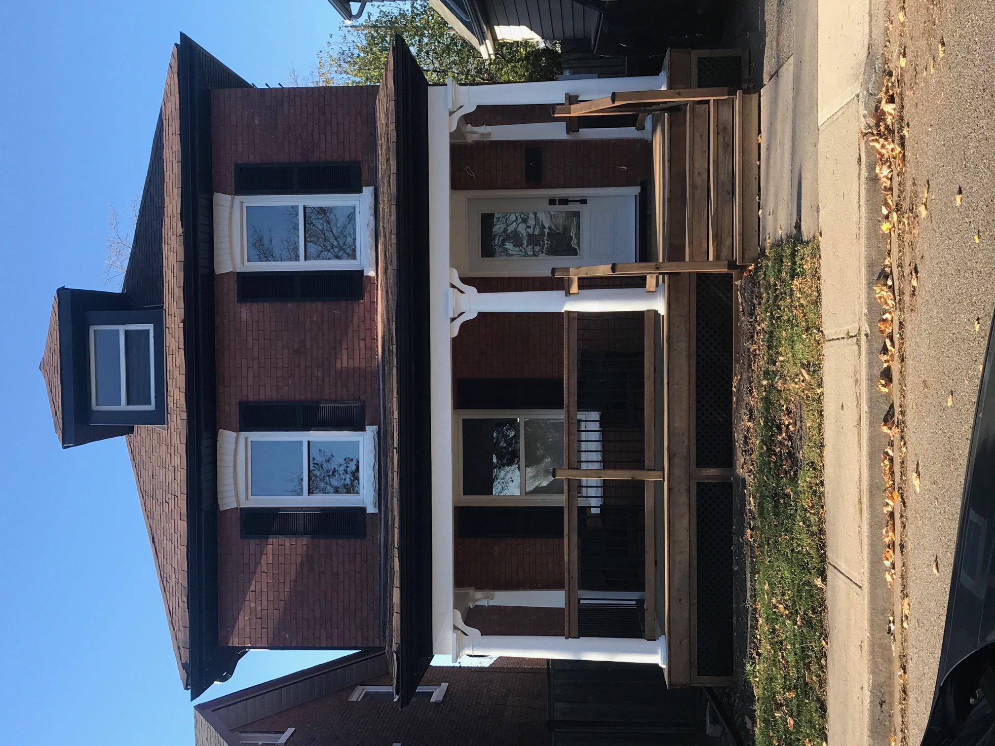 74 John St , Brampton, Ontario  L6W 1Z3 - Photo 1 - RP8632283353