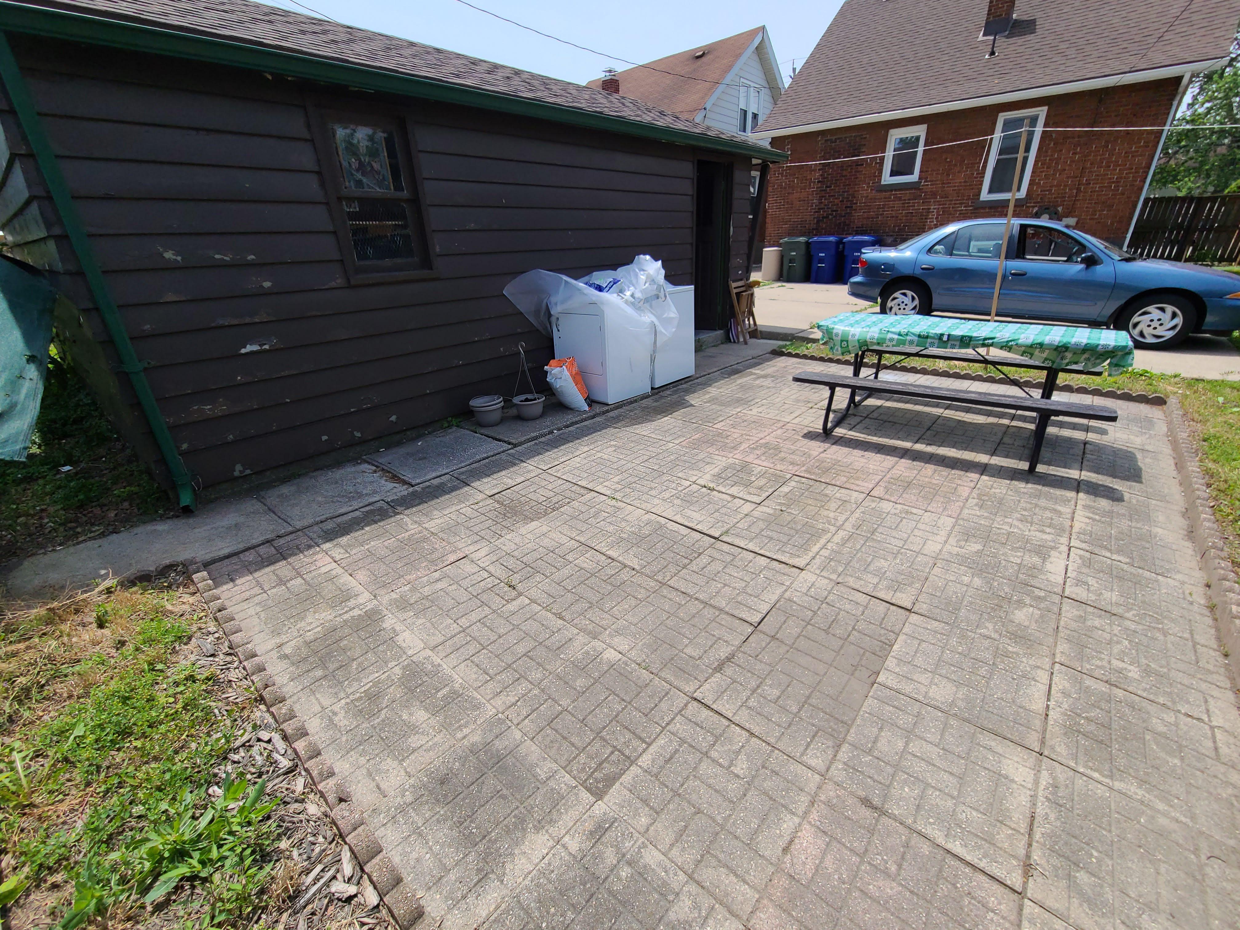 1006 Felix Ave, Windsor, Ontario  N9C 3L5 - Photo 5 - RP5413743784